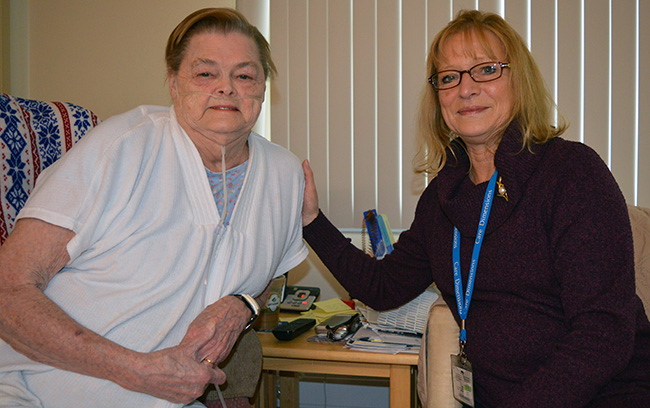 care-dimensions-respiratory-hospice-patient-Linda-with-confidence-liaison-Diane-Theriault